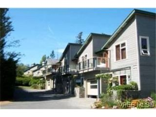 Photo 1: 11 133 Corbett Rd in SALT SPRING ISLAND: GI Salt Spring Row/Townhouse for sale (Gulf Islands)  : MLS®# 530907