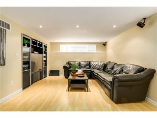 Photo 16: 1052 MONTROYAL BV in North Vancouver: Canyon Heights NV House for sale : MLS®# V1076325