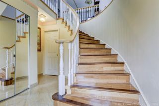 Photo 2: 4804 DUNDAS Street in Burnaby: Capitol Hill BN House for sale (Burnaby North)  : MLS®# R2481047