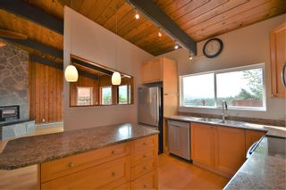 Photo 8: 13306 DELLER Road in Garden Bay: Pender Harbour Egmont House for sale (Sunshine Coast)  : MLS®# R2612077