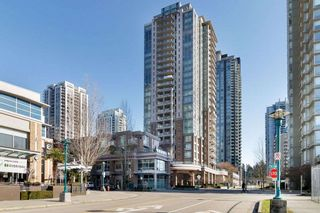 Photo 1: 2507 1155 THE HIGH Street in Coquitlam: North Coquitlam Condo for sale : MLS®# R2436854