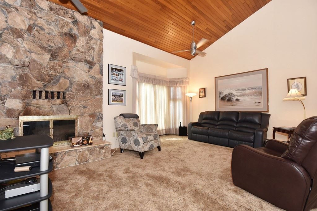 Photo 2: Photos: 2451 PARKER Street in Vancouver: Renfrew VE House for sale (Vancouver East)  : MLS®# R2160159