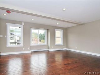 Photo 5: 974 Rattanwood Pl in VICTORIA: La Happy Valley Row/Townhouse for sale (Langford)  : MLS®# 621552