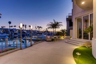 Photo 17: House for sale : 6 bedrooms : 2 Green Turtle Rd in Coronado