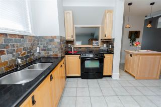 """Photo 8: 715 FOURTH Street in New Westminster: GlenBrooke North House for sale in """"Glenbrooke North"""" : MLS®# R2492416"""