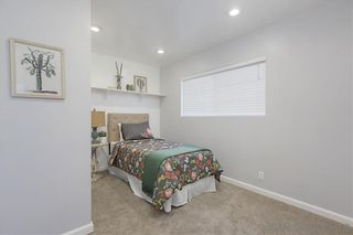Photo 16: CLAIREMONT House for sale : 3 bedrooms : 5272 Appleton St in San Diego