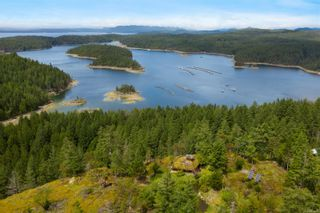 Photo 12: 979 Thunder Rd in Cortes Island: Isl Cortes Island House for sale (Islands)  : MLS®# 878691