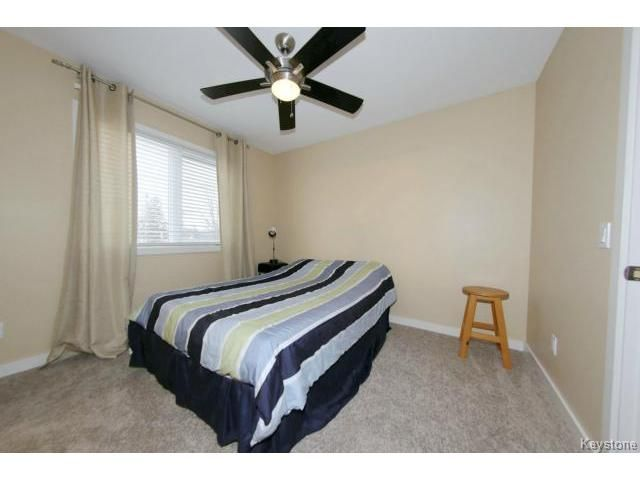 Photo 14: Photos: 1028 Southwood Avenue in Winnipeg: Fort Garry / Whyte Ridge / St Norbert Single Family Detached for sale (South East Winnipeg)  : MLS®# 1501899