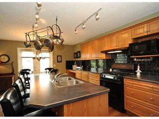 Photo 6: 27 SOMERGLEN Way SW in CALGARY: Somerset Residential Detached Single Family for sale (Calgary)  : MLS®# C3438151