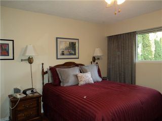 """Photo 5: 2275 WARRENTON Avenue in Coquitlam: Central Coquitlam House for sale in """"N"""" : MLS®# V983407"""