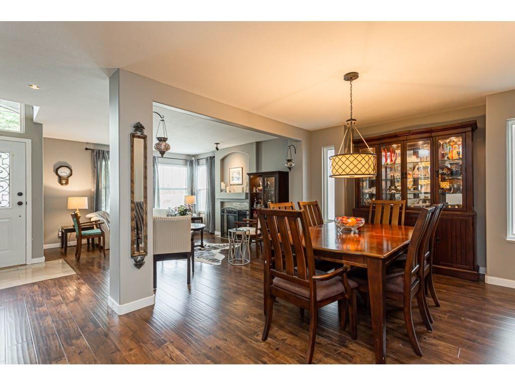 Photo 5: Photos: 11040 238 Street in Maple Ridge: Cottonwood MR House for sale : MLS®# R2468423