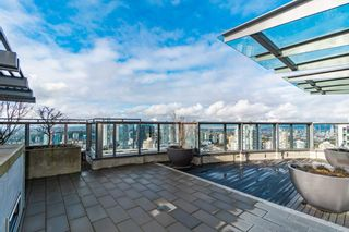 """Photo 17: 2301 4900 LENNOX Lane in Burnaby: Metrotown Condo for sale in """"THE PARK"""" (Burnaby South)  : MLS®# R2432406"""