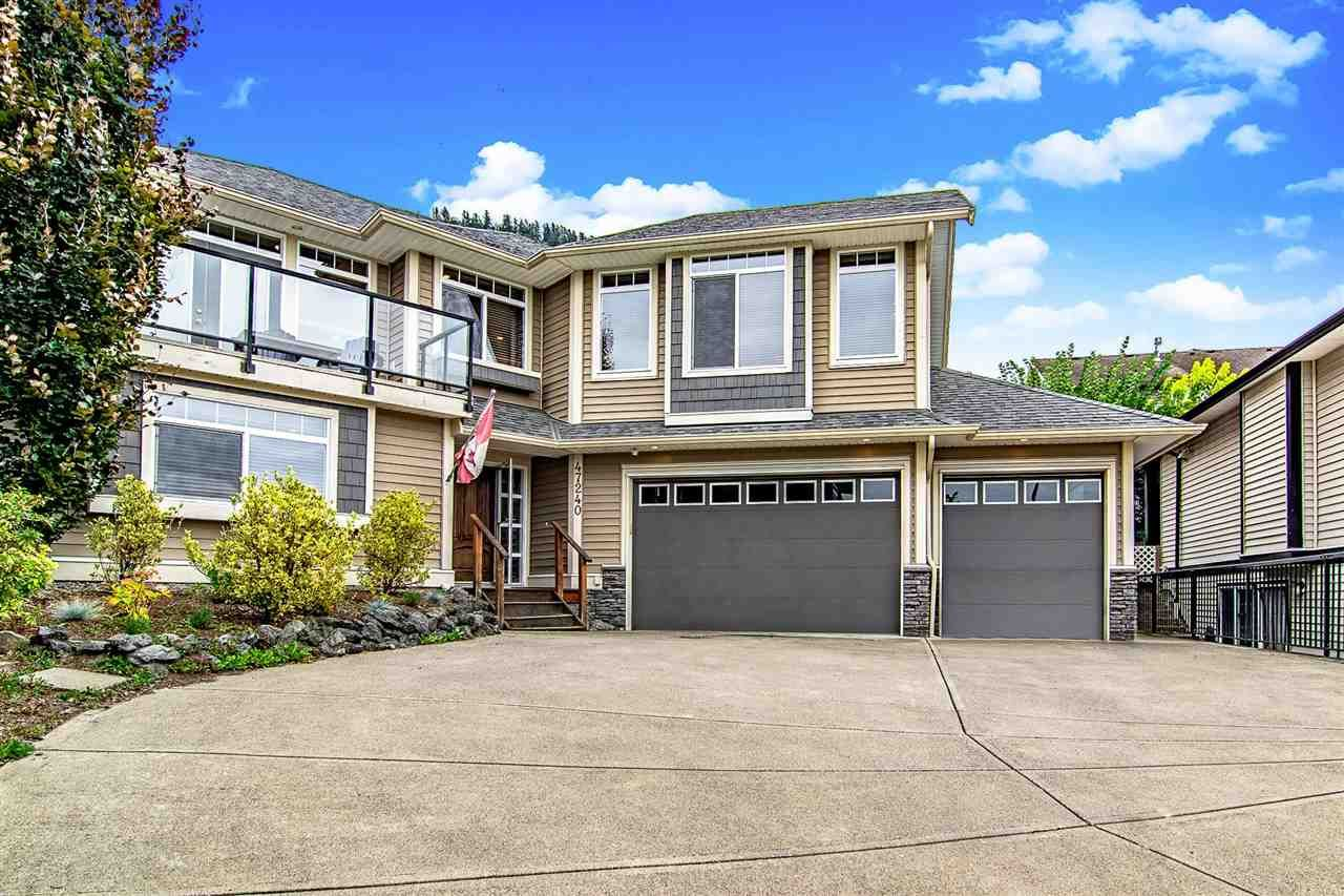 Main Photo: 47240 LAUGHINGTON Place in Sardis: Promontory House for sale : MLS®# R2585184