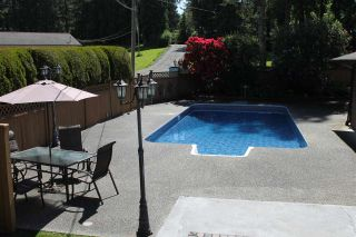 """Photo 2: 2974 208 Street in Langley: Brookswood Langley House for sale in """"Brookswood Fernridge"""" : MLS®# R2090496"""