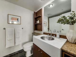 """Photo 13: 902 1495 RICHARDS Street in Vancouver: Yaletown Condo for sale in """"AZURA II"""" (Vancouver West)  : MLS®# R2570710"""