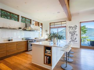Photo 25: 702 Lands End Rd in : NS Lands End House for sale (North Saanich)  : MLS®# 876592