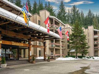 """Main Photo: 401 4200 WHISTLER Way in Whistler: Whistler Village Condo for sale in """"Tantalus Lodge"""" : MLS®# R2587406"""