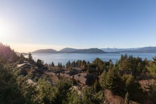 """Photo 28: 8609 SEASCAPE Place in West Vancouver: Howe Sound 1/2 Duplex for sale in """"Seascapes"""" : MLS®# R2528203"""