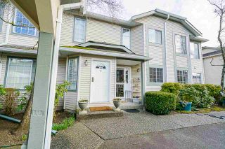 """Photo 6: 7 5760 174 Street in Surrey: Cloverdale BC Townhouse for sale in """"Stetson Village"""" (Cloverdale)  : MLS®# R2559810"""