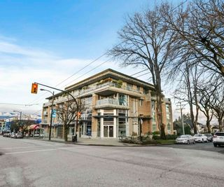 Main Photo: 102 3595 W 18TH Avenue in Vancouver: Dunbar Townhouse for sale (Vancouver West)  : MLS®# R2597379