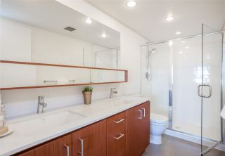 Photo 11: 318 221 E 3RD STREET in North Vancouver: Lower Lonsdale Condo for sale : MLS®# R2206624