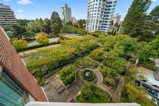 """Photo 2: 503 2189 W 42ND Avenue in Vancouver: Kerrisdale Condo for sale in """"Governor Point"""" (Vancouver West)  : MLS®# R2622142"""