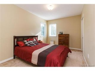 Photo 12: 108 Thetis Vale Cres in VICTORIA: VR Six Mile House for sale (View Royal)  : MLS®# 707982