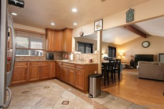 Photo 10: MIRA MESA House for sale : 4 bedrooms : 8055 Flanders Dr in San Diego