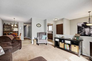 Photo 6: 8347 CENTRE Street NW in Calgary: Beddington Heights House for sale