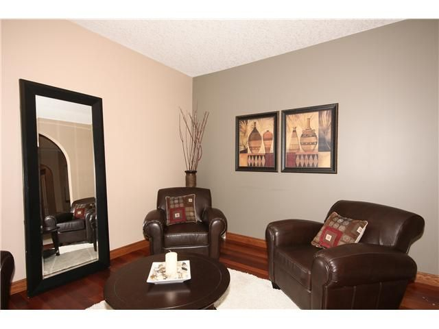 Photo 3: Photos: 51 WESTON Rise SW in CALGARY: West Springs Residential Detached Single Family for sale (Calgary)  : MLS®# C3544531