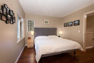 """Photo 10: 25 50 PANORAMA Place in Port Moody: Heritage Woods PM Townhouse for sale in """"ADVENTURE RIDGE"""" : MLS®# R2357233"""