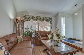 Photo 4: 7 Strandell Crescent SW in Calgary: Strathcona Park Detached for sale : MLS®# A1150531