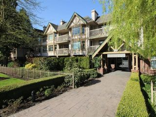 """Main Photo: 307 2059 CHESTERFIELD Avenue in North Vancouver: Central Lonsdale Condo for sale in """"Ridge Park Gardens"""" : MLS®# R2618308"""