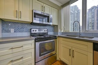 "Photo 8: 1305 588 BROUGHTON Street in Vancouver: Coal Harbour Condo for sale in ""HARBOURSIDE PARK"" (Vancouver West)  : MLS®# R2547204"