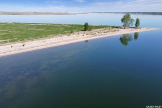 Photo 6: 400 Lakeshore Drive in Wee Too Beach: Residential for sale : MLS®# SK858460