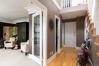 Photo 11: 9652 Fifth St in Sidney: Si Sidney South-East House for sale : MLS®# 882069