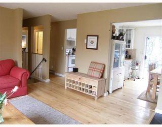 "Photo 3: 41820 HOPE Road: Brackendale House for sale in ""Brackendale"" (Squamish)  : MLS®# V758118"