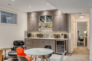 Photo 34: 2044 52 Avenue SW in Calgary: North Glenmore Park Detached for sale : MLS®# A1084316