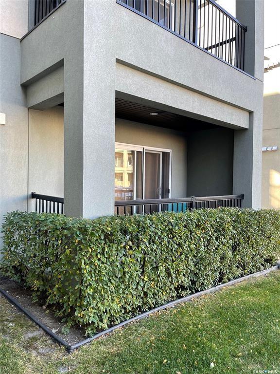 Main Photo: 112 106 Hampton Circle in Saskatoon: Hampton Village Residential for sale : MLS®# SK874018