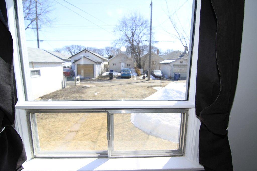 Photo 12: Photos: 963 Ashburn Street in Winnipeg: West End / Wolseley Single Family Detached for sale (West Winnipeg)  : MLS®# 1306767