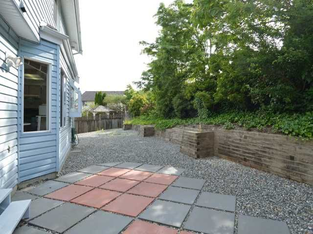 Photo 8: Photos: 284 BALBOA CT in Coquitlam: Cape Horn House for sale : MLS®# V1012990