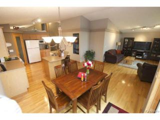 Photo 9: 100 Brian Monkman Bay in WINNIPEG: Windsor Park / Southdale / Island Lakes Residential for sale (South East Winnipeg)  : MLS®# 1415599