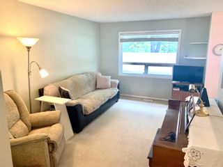Photo 7: 10666 BEAUMARIS Road NW in Edmonton: Zone 27 Townhouse for sale : MLS®# E4262473