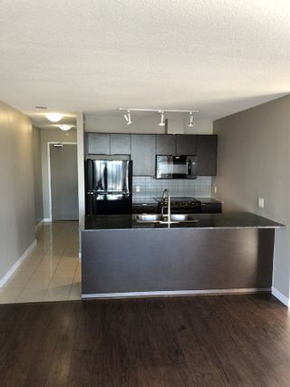 "Photo 8: 1302 13618 100 Avenue in Surrey: Whalley Condo for sale in ""INFINITY"" (North Surrey)  : MLS®# R2512919"