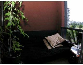 """Photo 9: 407 5288 MELBOURNE Street in Vancouver: Collingwood VE Condo for sale in """"EMERALD PARK PLACE"""" (Vancouver East)  : MLS®# V659931"""