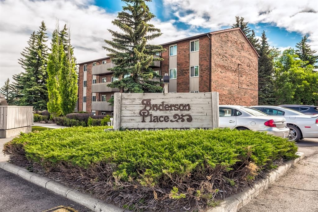 Main Photo: 432 11620 Elbow Drive SW in Calgary: Canyon Meadows Apartment for sale : MLS®# A1119842