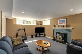 """Photo 16: 4852 QUEENSLAND Road in Vancouver: University VW House for sale in """"Little Australia"""" (Vancouver West)  : MLS®# R2256757"""