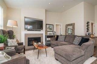 """Photo 5: 2 22057 49 Avenue in Langley: Murrayville Townhouse for sale in """"Heritage"""" : MLS®# R2452643"""