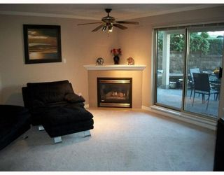 "Photo 3: 103 78 RICHMOND Street in New Westminster: Fraserview NW Condo for sale in ""GOVERNORS COURT"" : MLS®# V812374"