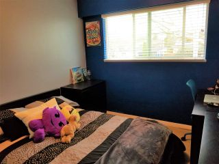"Photo 27: 10640 ROSEBROOK Road in Richmond: South Arm 1/2 Duplex for sale in ""Montrose Estates"" : MLS®# R2566819"